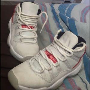 Jordan platinum 11s
